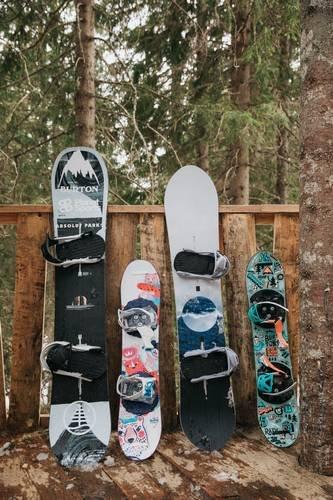 pack snowboard burton